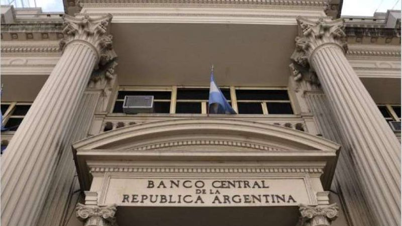 El Banco Central evalúa una baja de la tasa de interés