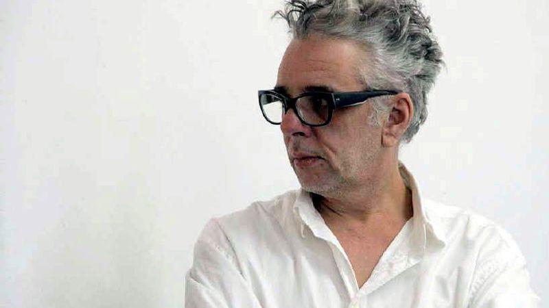 Raúl Flores y una yunga de artistas