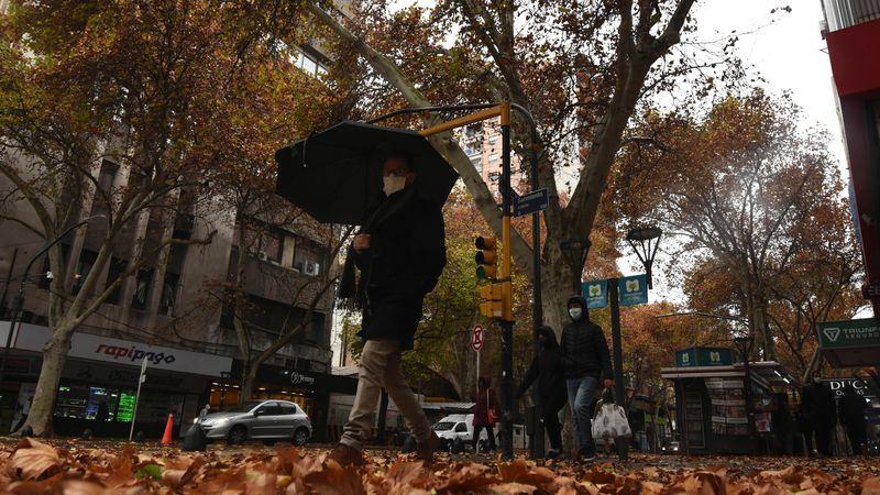 ¡A buscar abrigo! Para mañana se espera un día frío y con lloviznas en Mendoza