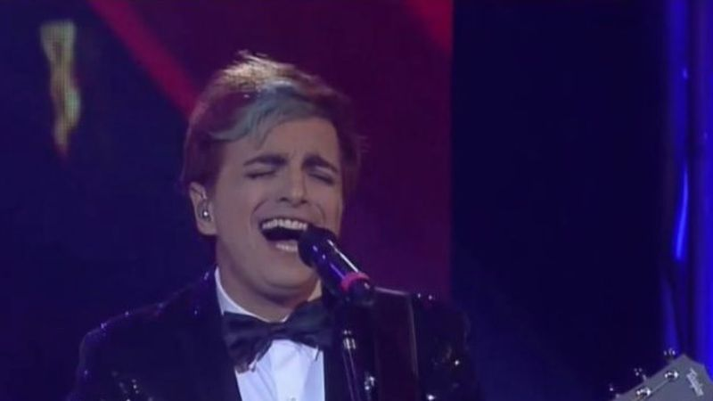 La serie de Sandro terminó con un recital de Miranda y la gente se indignó