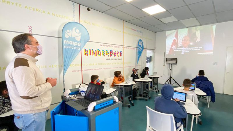 Kinderbyte Maipú: tecnología, robótica e inclusión
