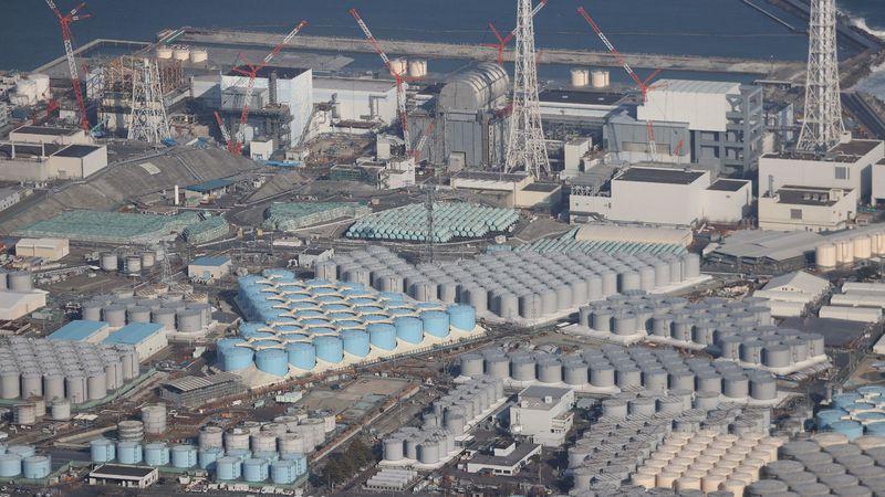 Japón verterá al mar agua proveniente de la central nuclear de Fukushima