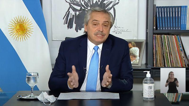 Alberto Fernández negó haber dicho que los médicos se relajaron y culpó a los medios