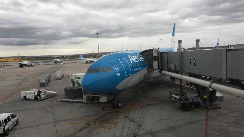 Desde Migraciones aseguraron que no habrá vuelos de repatriación para argentinos varados en el exterior