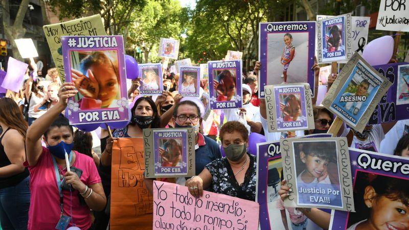 Marcharon para pedir justicia por la muerte de Eva, la nena de 7 años atropellada en el barrio San Martín