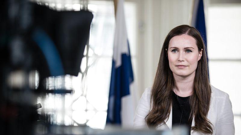 Insólito escándalo político en Finlandia luego de que la premier gastara 30 dólares en medialunas con plata del Estado