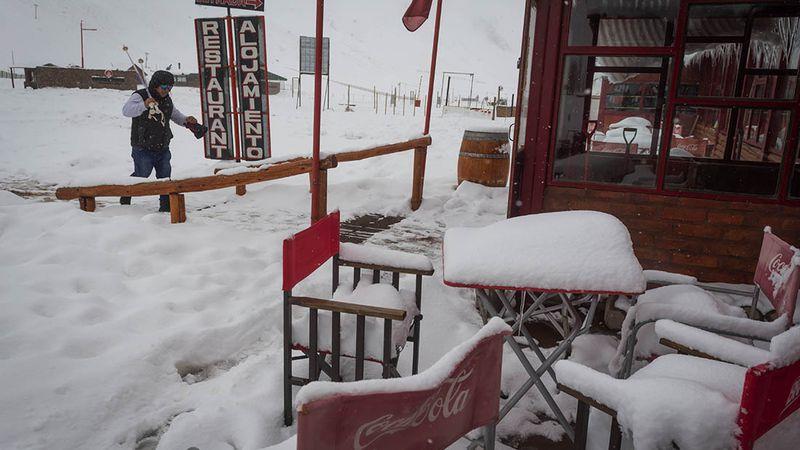 """Empresas de Turismo lanzan un """"pedido desesperado"""" a la Provincia y Nación por la falta de certezas en la temporada de invierno"""