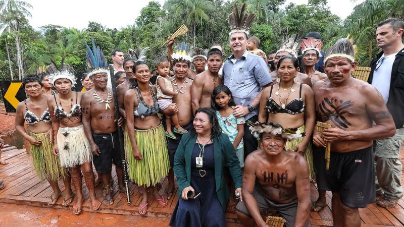 """Una foto en la """"selva"""", la irónica respuesta de Jair Bolsonaro a la frase de Alberto Fernández"""