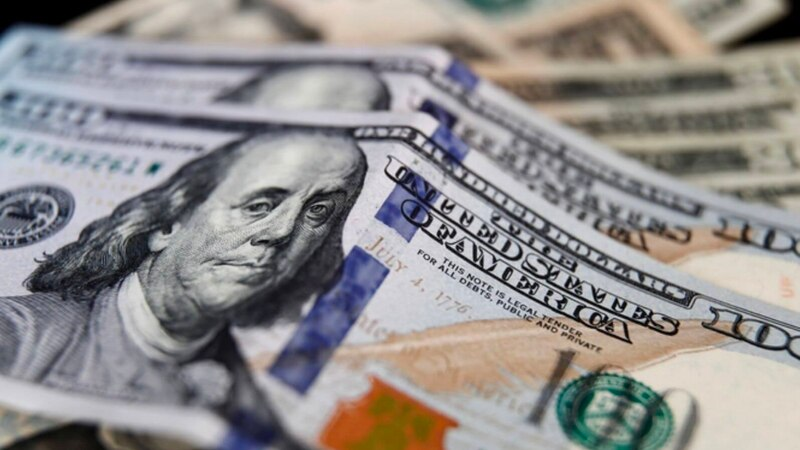 Cuatro millones de personas compraron dólares en agosto