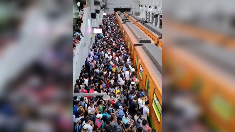 En plena pandemia y hora pico: el video de una multitud esperando el metro que se viralizó en TikTok