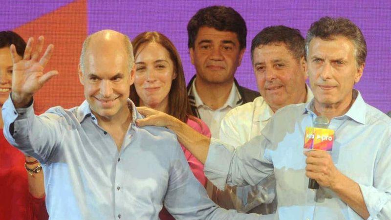 ¿Error o inusual campaña?, por qué Macri y Larreta publicaron una enigmática foto de una cabellera