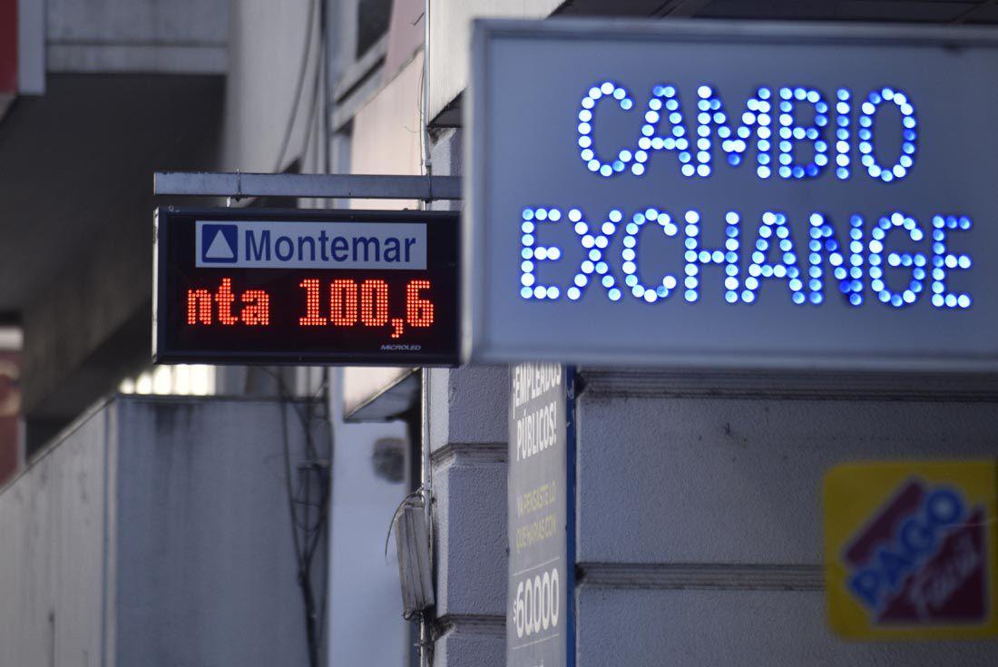Cotización del dólar.