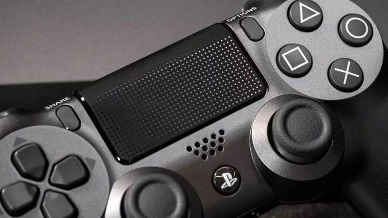 """Pactaron vía Facebook la venta del joystick de una Play 4 en Ciudad, pero los """"compradores"""" los asaltaron y golpearon"""