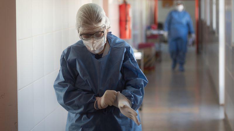 Argentina superó las 13.000 muertes por coronavirus y sumó 8.431 nuevos casos en las últimas 24  horas