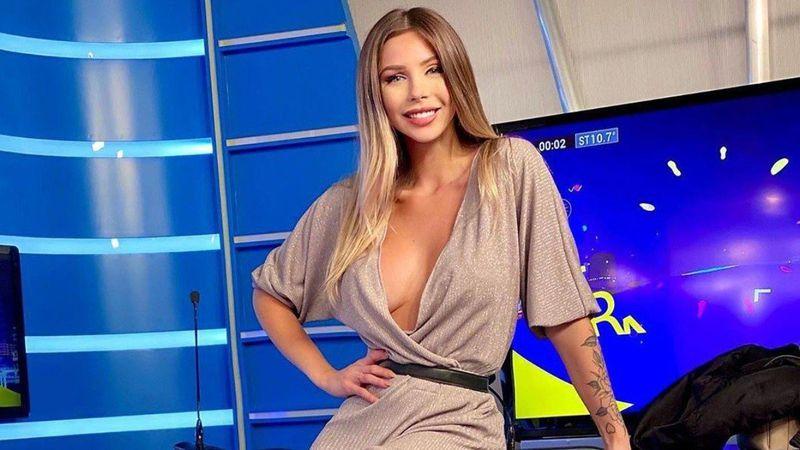 Romina Malaspina incendió las redes bailando en bikini al lado de la pileta