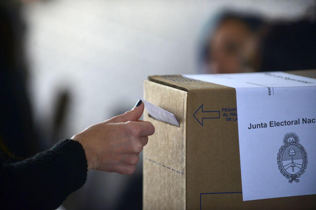 Elecciones 2021: cuántos votos deben conseguir los partidos para llegar a la general