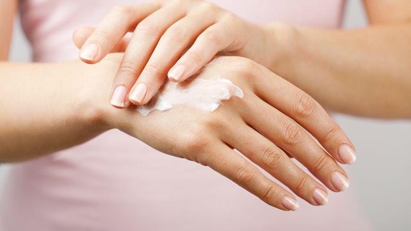 Un spa en casa: cómo cuidar nuestras manos en cuarentena