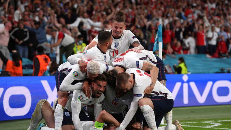 Inglaterra, beneficiado por el VAR, le ganó a Dinamarca y se metió a la final de la Eurocopa