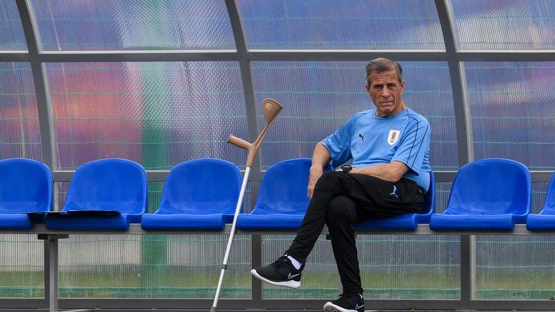 """¿Por qué el """"Maestro"""" Oscar Tabárez se quejó de la programación de la eliminatoria sudamericana?"""