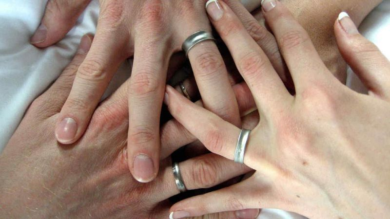 Inédito: murió en un accidente de auto y el seguro indemnizó a su esposa y a su amante