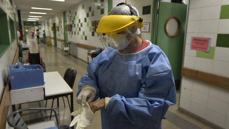 Evalúan limitar cirugías para liberar camas en hospitales de Mendoza