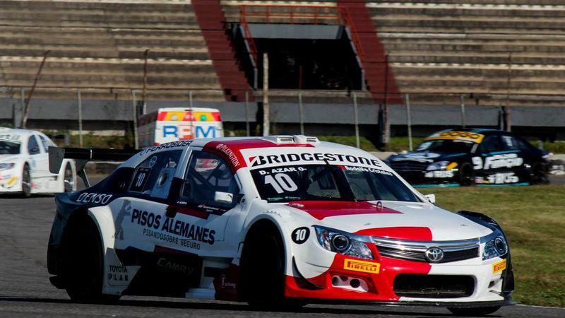 Dominio total de Diego Azar en el Top Race