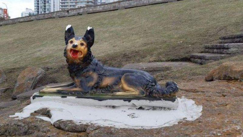Apareció otra misteriosa escultura en Mar del Plata