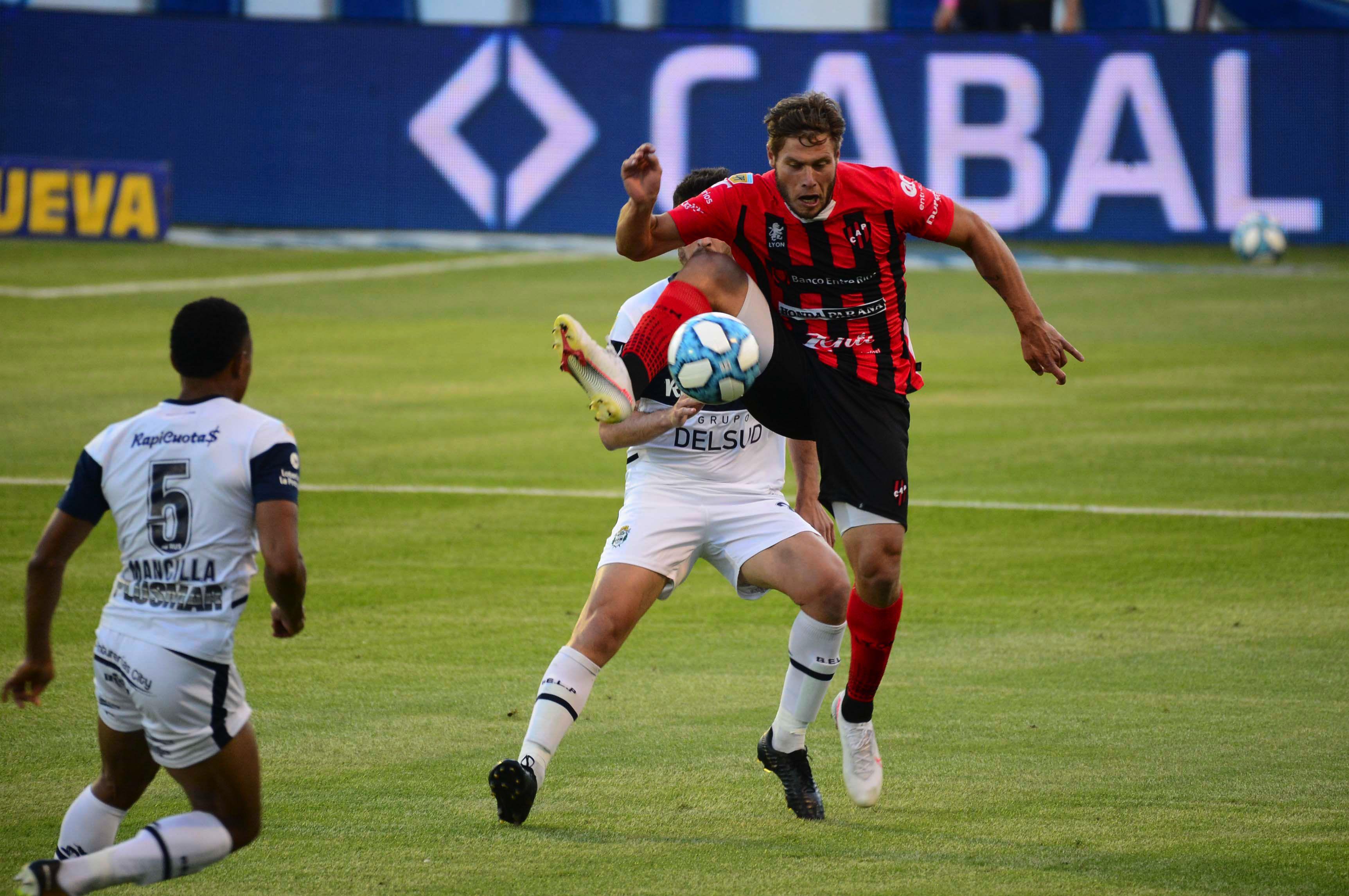El Lobo mostró una gran imagen y fue contundente ante Patronato en el debut de la Copa de la Liga Profesional. / Gentileza.
