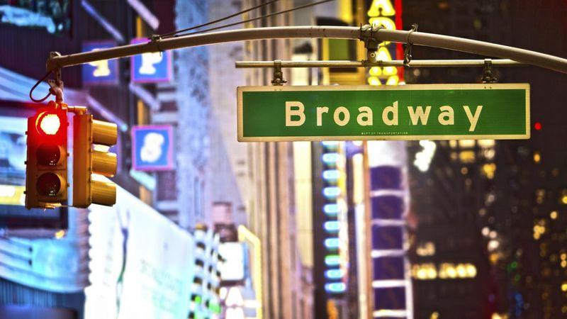 Crisis teatral: Broadway se une a la lista y busca reinventarse