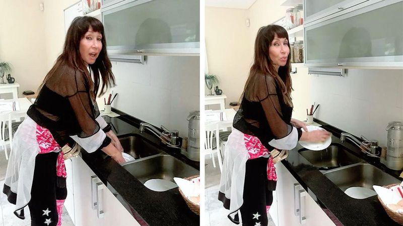 El detalle en las fotos de Moria Casán lavando los platos que sus fans no le dejaron pasar