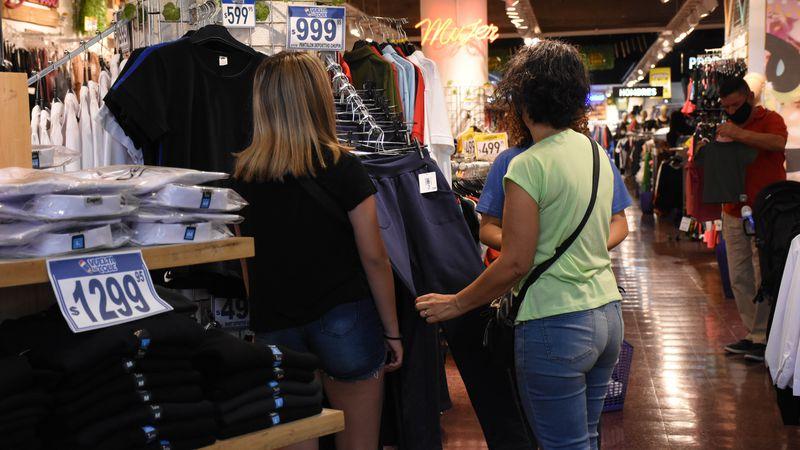 El turismo de febrero hace repuntar las ventas en el centro