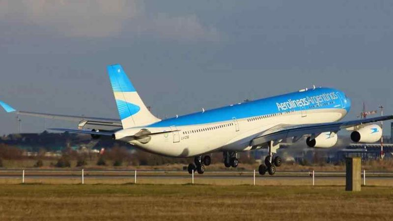 Aumentó en un 40% la demanda de vuelos hacia Miami y hay pasajes que superan los 500.000 pesos