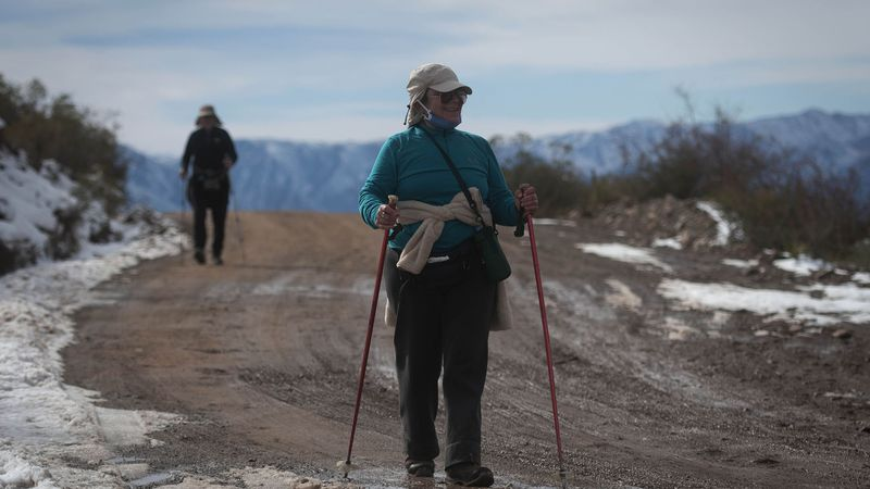 """Miles de turistas se desplazaron para disfrutar de la montaña en el inicio del fin de semana """"XL"""""""