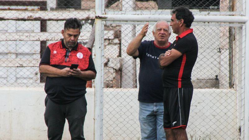 Huracán: el DT Darío Alaniz fue aislado tras presentar síntomas de Covid-19 en la Copa Argentina