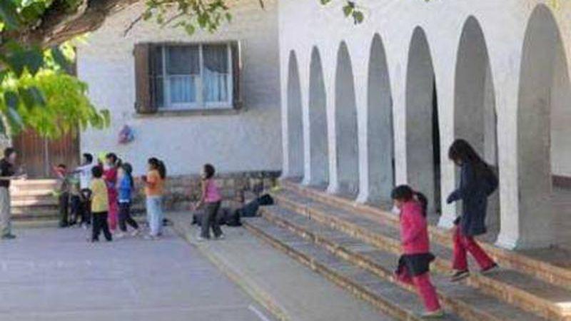 Investigan Si Dos Estudiantes Acosaron A Otro De 8 Anos En La