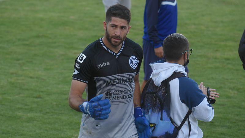 El arquero de Independiente Rivadavia dio positivo por Covid-19 y será baja ante Ferro y Tristán Suárez