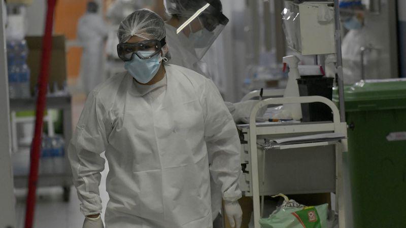 Se registraron 856 nuevos casos de Covid-19 y 10 muertes en Mendoza
