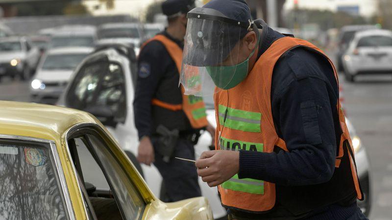 """""""Ítem ejercicio"""": un senador propone un plus para policías de Mendoza que hagan actividad física"""