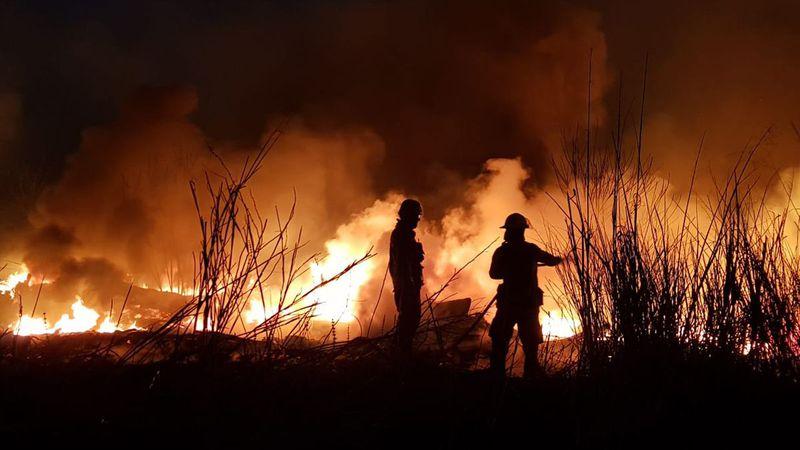 """Incendios forestales: hay once provincias que permanecen con """"focos activos"""""""