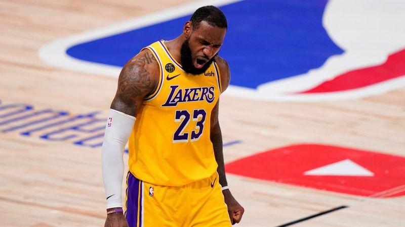 """El secreto de """"The King"""": cómo combinó LeBron James su mejor básquet y el vino"""