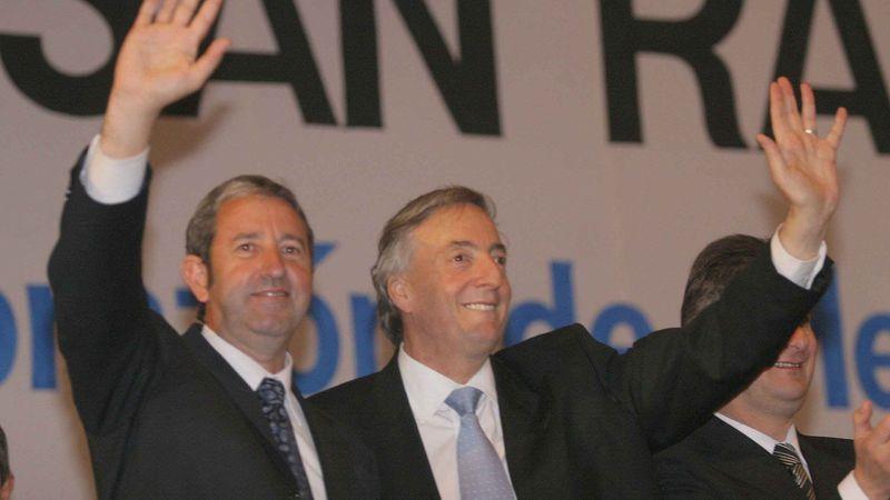 El video en el que Néstor y Cristina Kirchner aplaudían el convenio por Portezuelo en 2006