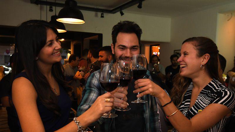 El vino argentino y la estrategia de penetración global durante la Segunda Guerra Mundial