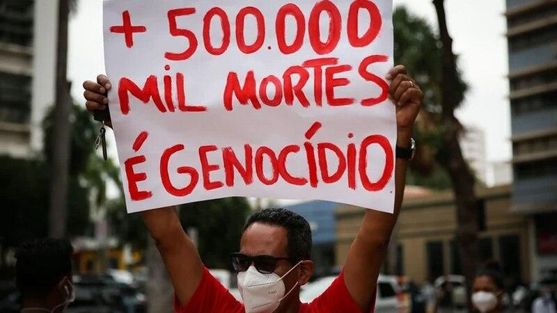 Brasil superó las 500 mil muertes por coronavirus: masivas marchas en el país contra Jair Bolsonaro