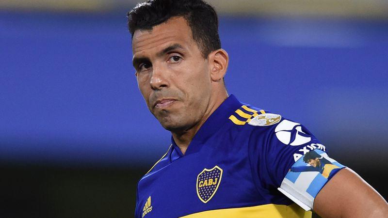 Como el Diego en el Mundial 1990: el tobillo hinchado de Tevez en el último Boca-River