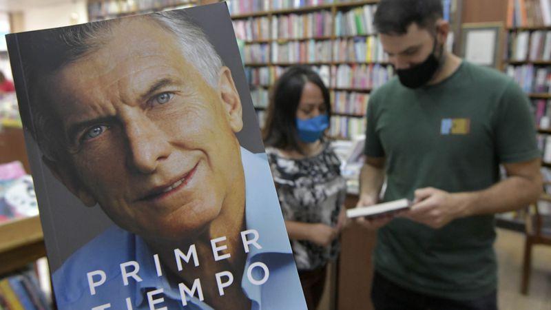 """Empezó en Mendoza la venta de """"Primer Tiempo"""", el libro de Mauricio Macri"""