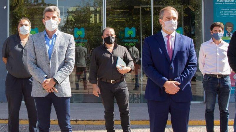 Ulpiano Suárez y Stevanato: los intendentes que intentan saltar la grieta