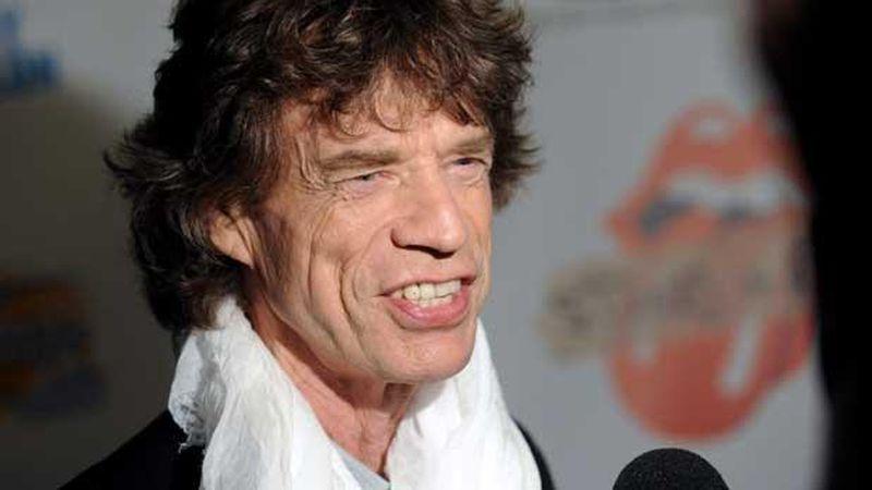 """Mick Jagger y Dave Grohl lanzaron un """"himno"""" sobre la pandemia"""
