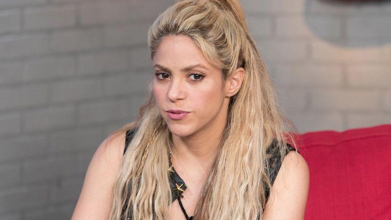 """Shakira """"impresentable"""": los cinco looks de la cantante que ni sus fans le perdonaron"""