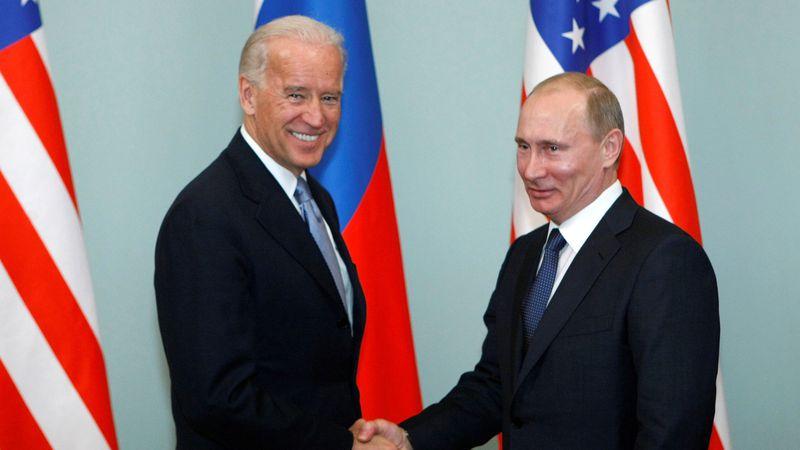 Putin se sumó a Biden y respaldó la liberación de las patentes de vacunas contra el Covid-19