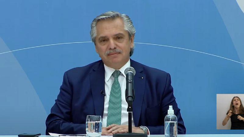 Alberto Fernández anunció que el personal de salud cobrará un bono de $6.500 por tres meses